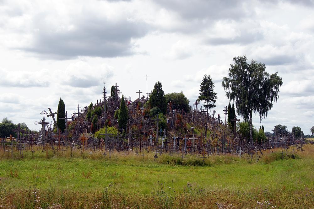 Гора Крестов – символ веры, свободы, любви