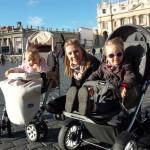 Мой папа охраняет Папу или Как живут в Ватикане семейные люди