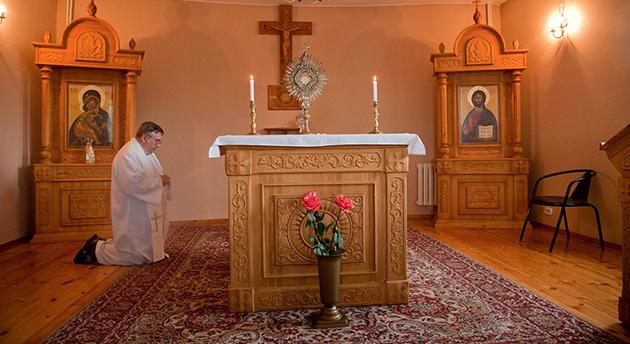 Расписание духовных упражнений у отцов-иезуитов в Новосибирске на весну 2013