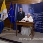 «Европа должна вновь обрести свою душу»: Папа Франциск выступил в Европарламенте