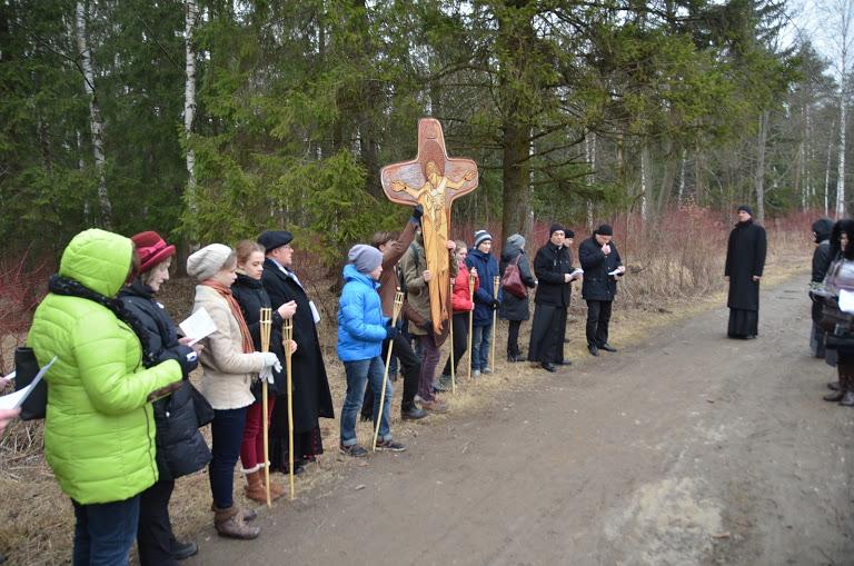 Крестный путь с Архиепископом Павлом Пецци в Петербурге
