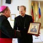 Пастырская встреча Архиепархии Божией Матери проходит в Вильнюсе