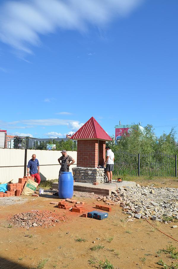Строительство часовни для Девы Марии. Якутск
