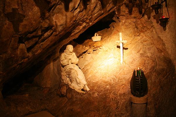 Пещера святого Бенедикта. Фото: Алексей Краутер