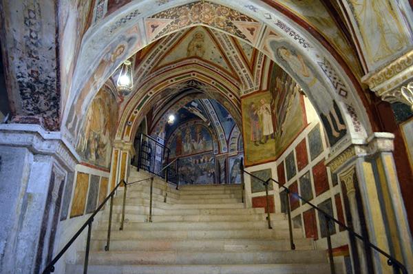 Святая лестница.. Фотография с сайта www.benedettini-subiaco.it