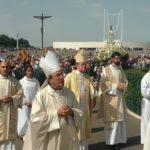 Российские паломники приняли участие в торжествах в честь 100-летия явлений Богородицы в Фатиме