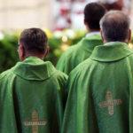 В Ирландии обеспокоены ростом числа суицидов среди священников