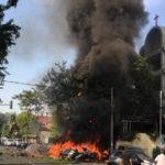 Семья смертников взорвала три церкви в Индонезии