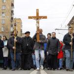 Фото: Крестный путь по улицам Москвы