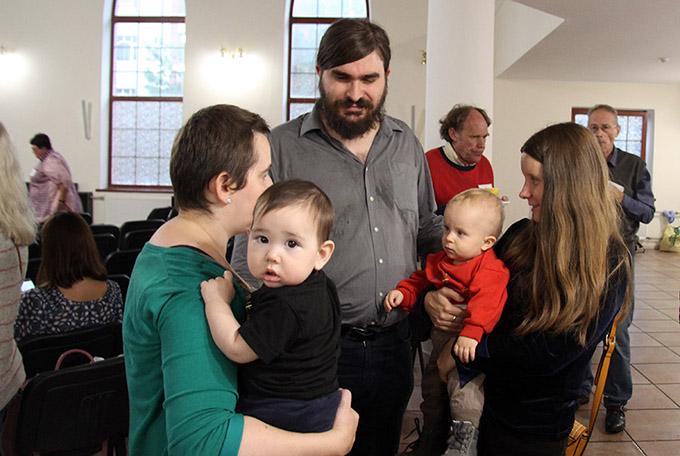 «Приходская община как семья»: встреча семей с архиепископом Павлом Пецци