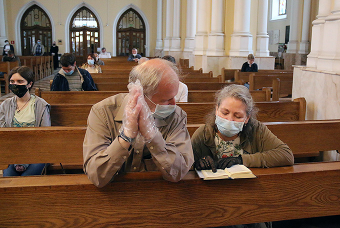 В Кафедральном соборе Непорочного Зачатия Пресвятой Девы Марии в Москве возобновили богослужения