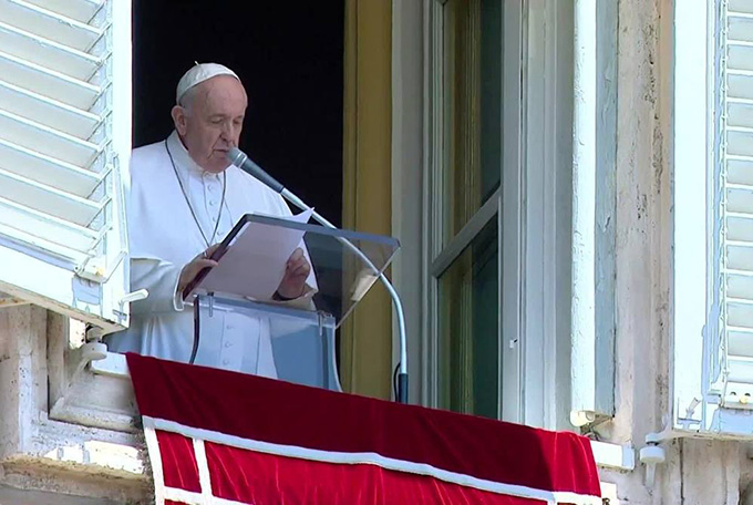 Папа «глубоко опечален» превращением собора Святой Софии в мечеть