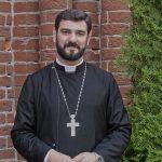 Солдат веры: беседа с о. Петросом Есаяном