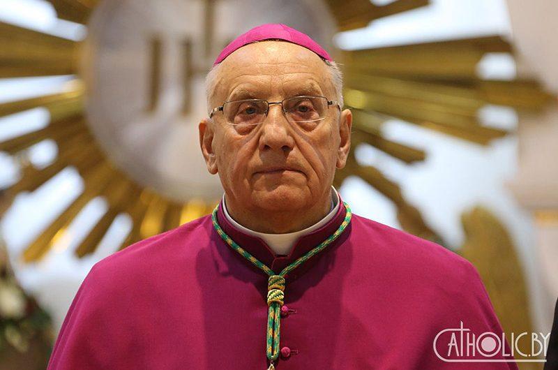 Архиепископ Кондрусевич обсудил в Ватикане свое возвращение в Белоруссию