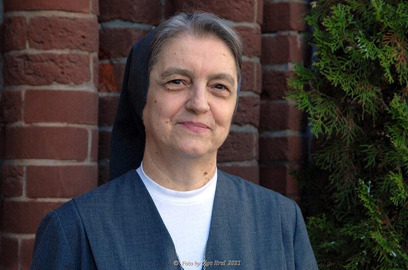Сестра Тереса Шевц, FMA: «Пока можем, будем служить Богу и людям!»