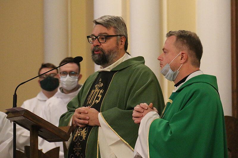 Введён в должность новый настоятель Кафедрального собора в Москве