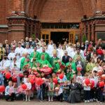 Отцы-салезианцы заканчивают 30-летнее служение в Кафедральном соборе Москвы